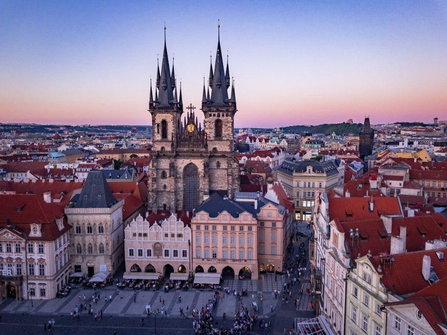 Plaza-Praga-e1505734236968