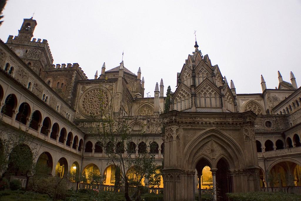 12-real-monasterio-de-santa-maria-de-guadalupe