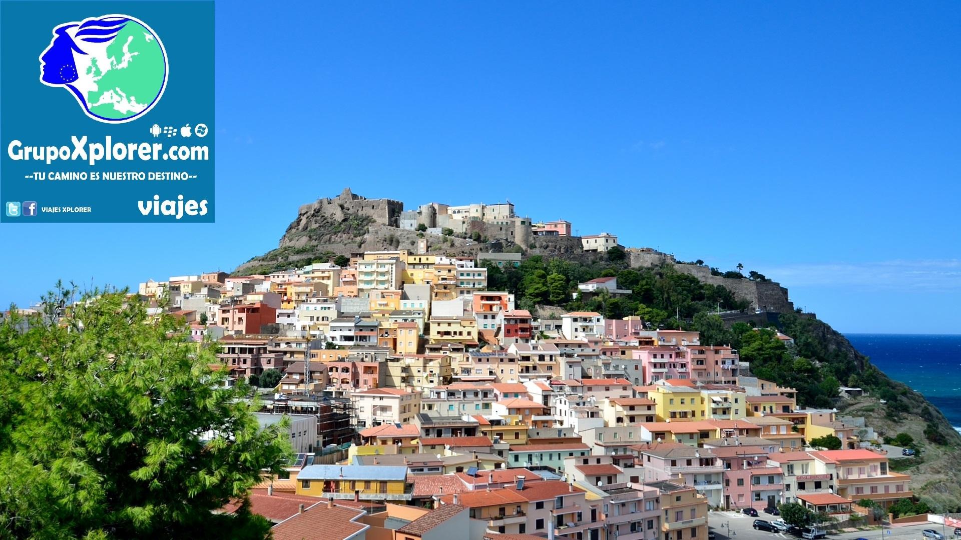 Castelsardo_-_Province_of_Sassari_-_Sardinia,_Italy_-_13_Sept._2012