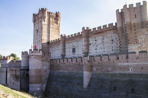 castle-4247564__340