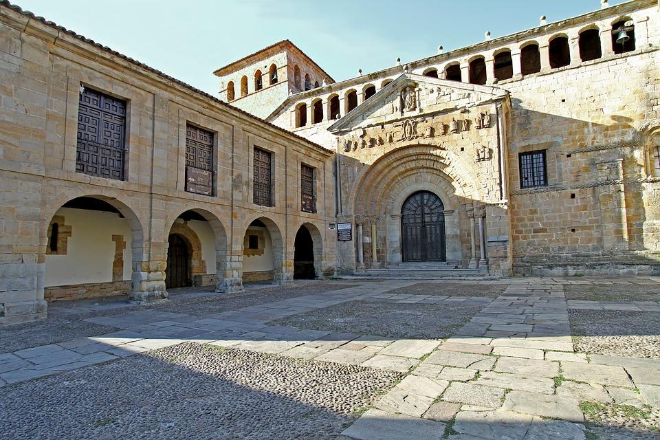 santillana-del-mar-2663317_960_720