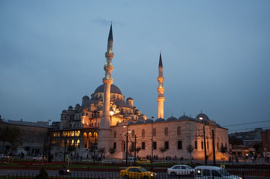 1024px-Mezquita_Nueva_-_Yeni_Camii_-_1