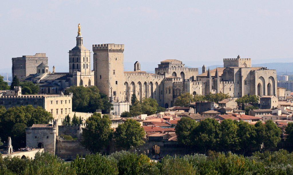 Avignon,_Palais_des_Papes_depuis_Tour_Philippe_le_Bel_by_JM_Rosier
