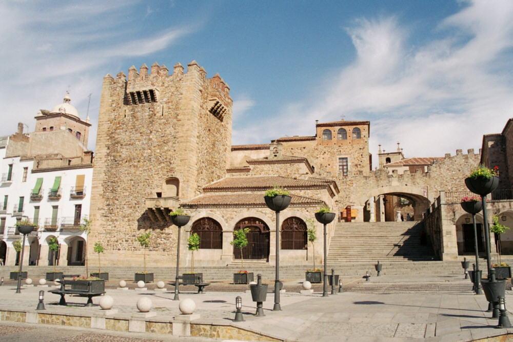Caceres_Spain_Plaza_Mayor_Arco