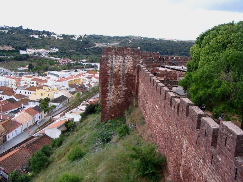 Remparts_de_la_forteresse_Silves
