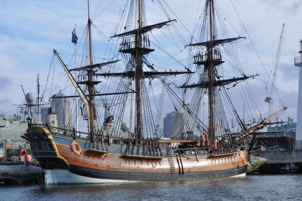 ship_old_antique_ocean_pier_sailing-821813