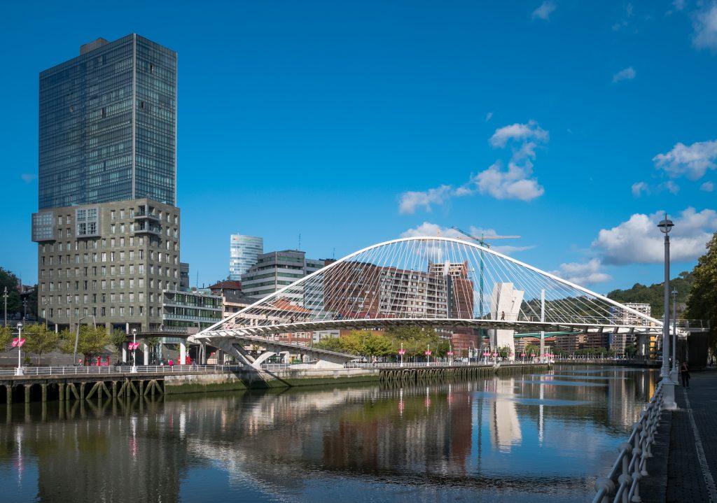 Bilbao_-_Zubizuri_07
