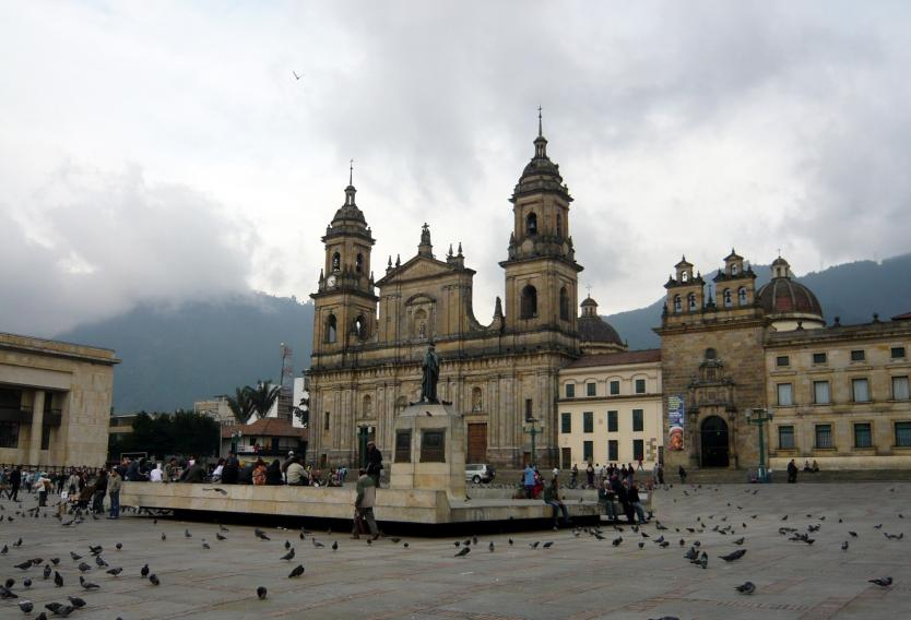 plaza_de_bolivar_wikimedia_commons_0_1_0