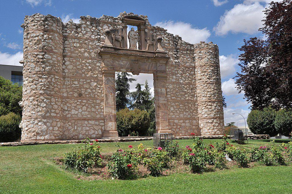 1024px-Ciudad_Real_Capital_-_062_(30621623601)