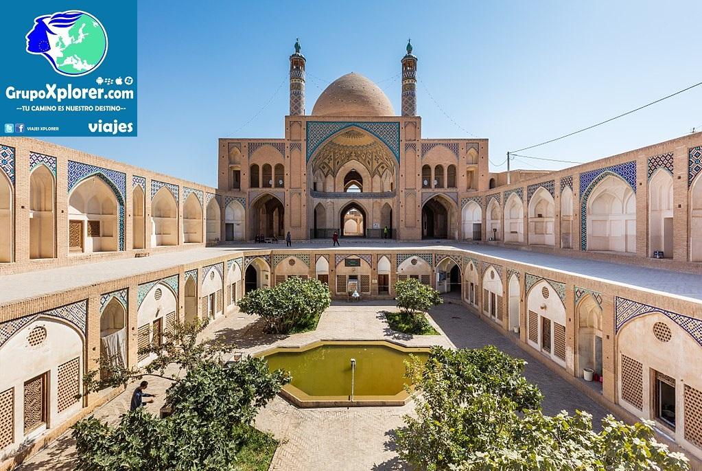 1024px-Mezquita_de_Agha_Bozorg,_Kashan,_Irán,_2016-09-19,_DD_81