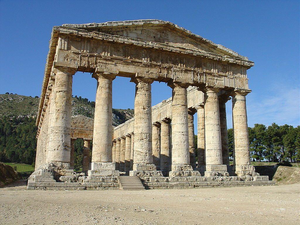 1024px-Segesta,_Tempio_greco