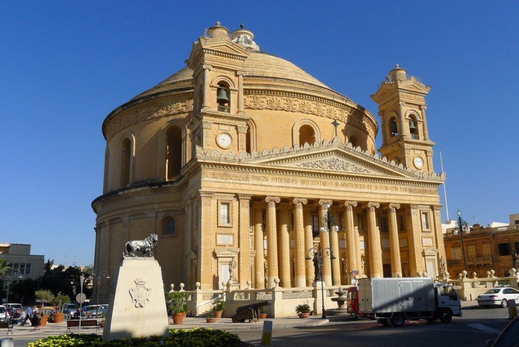 dom_dome_malta_church_religion_christianity_architecture_mediterranean-1242914