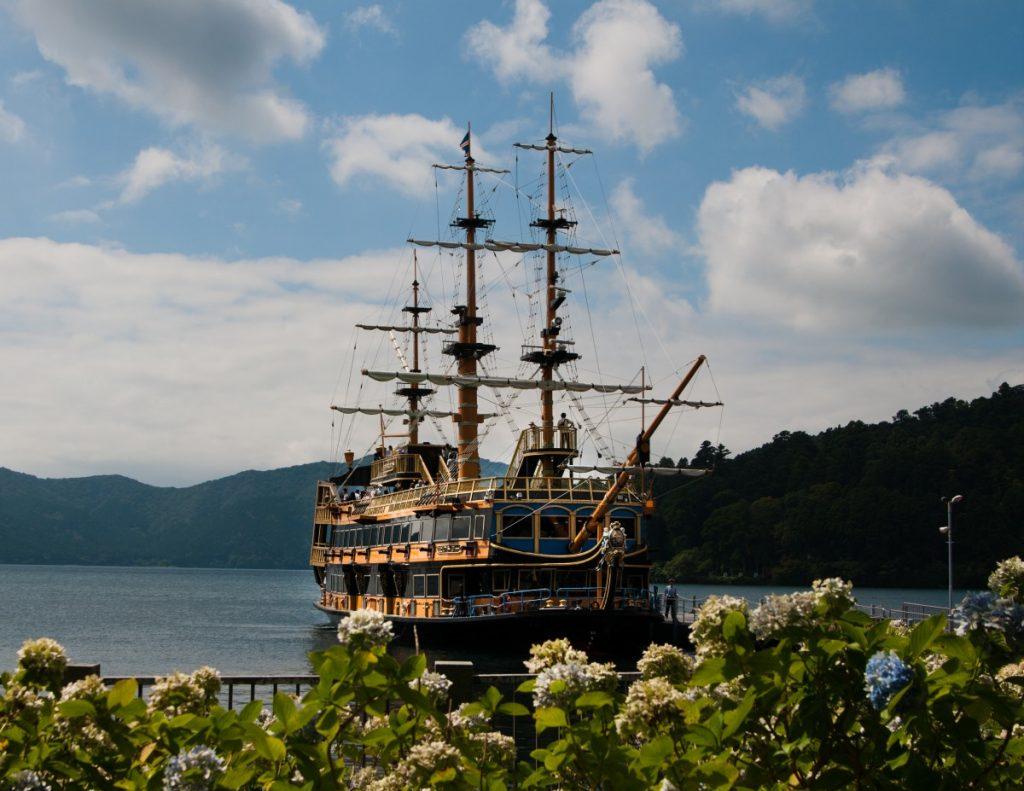 pirate_boat_hakone_mountain_tourism_japan_japanese_holiday-822038