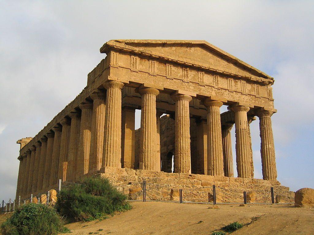 1024px-Agrigento-Tempio_della_Concordia01