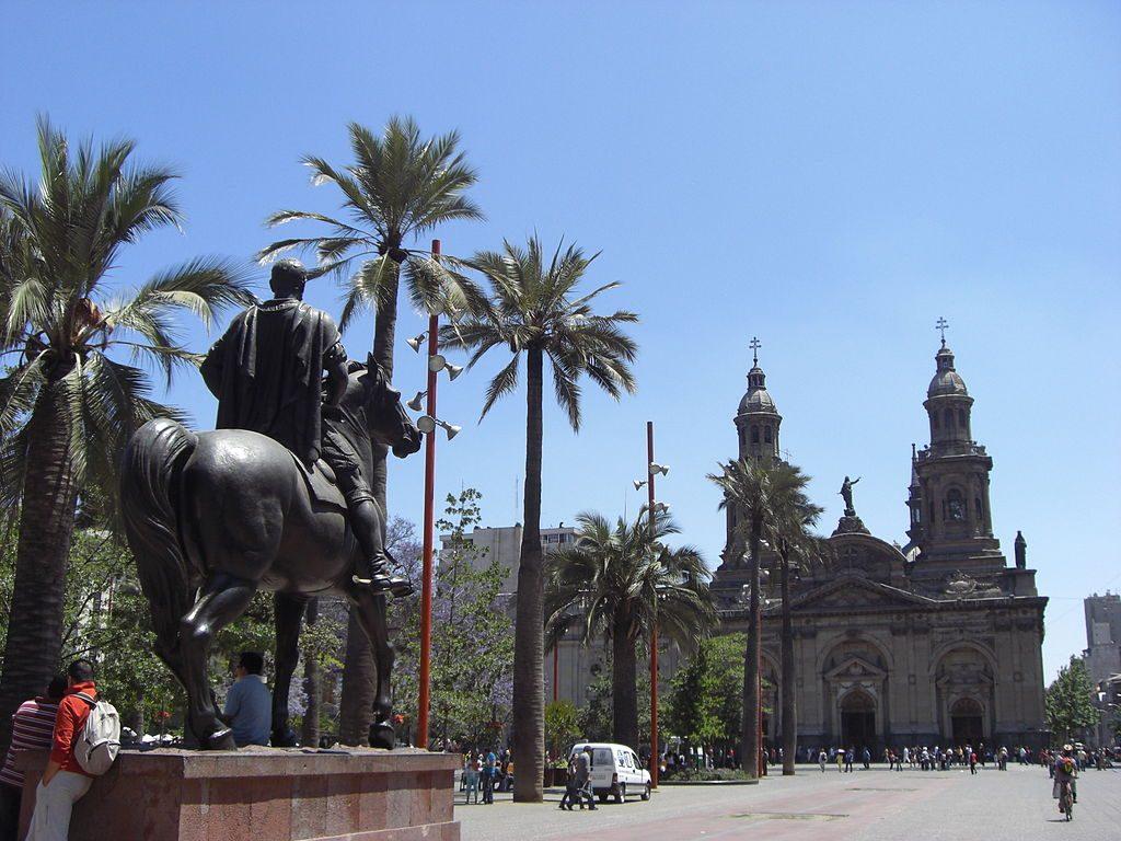 1024px-Catedral_de_Santiago,_Plaza_de_Armas,_Santiago_de_Chile2