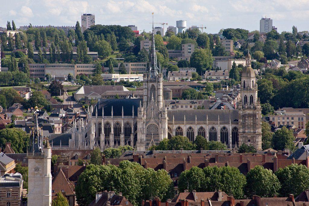 Cathédrale Notre-Dame d'Évreux vue depuis le panorama Saint-Michel