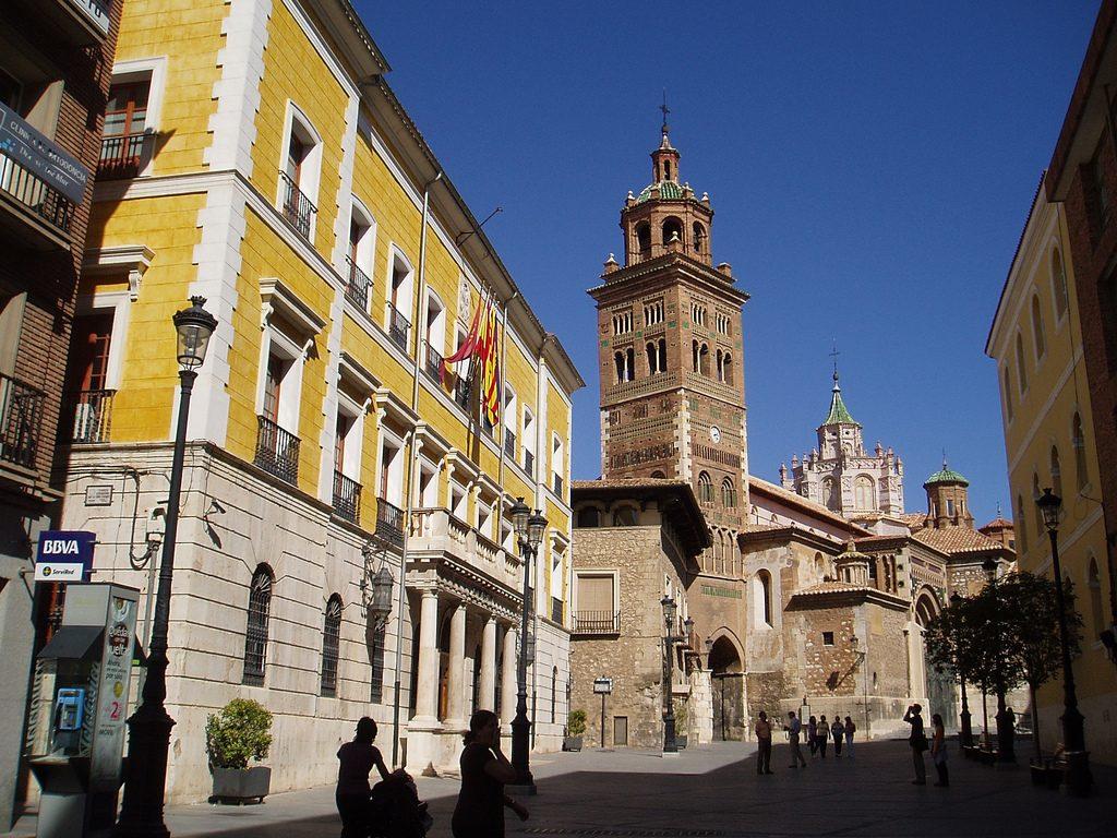 Ayuntamiento_y_Catedral_de_Teruel