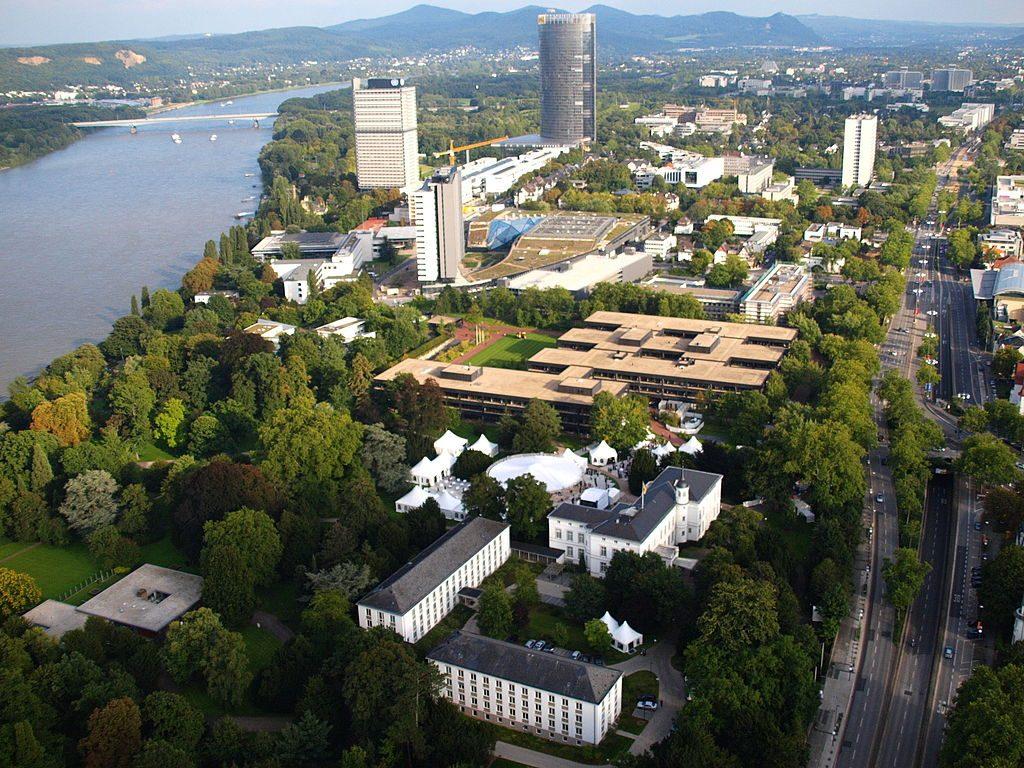 Bonn-Bundesviertel,_Luftaufnahme_2010