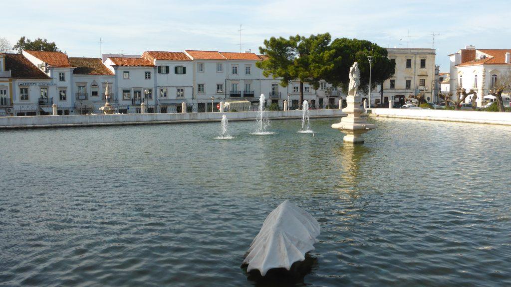 Estremoz,_Portugal_(28205680038)
