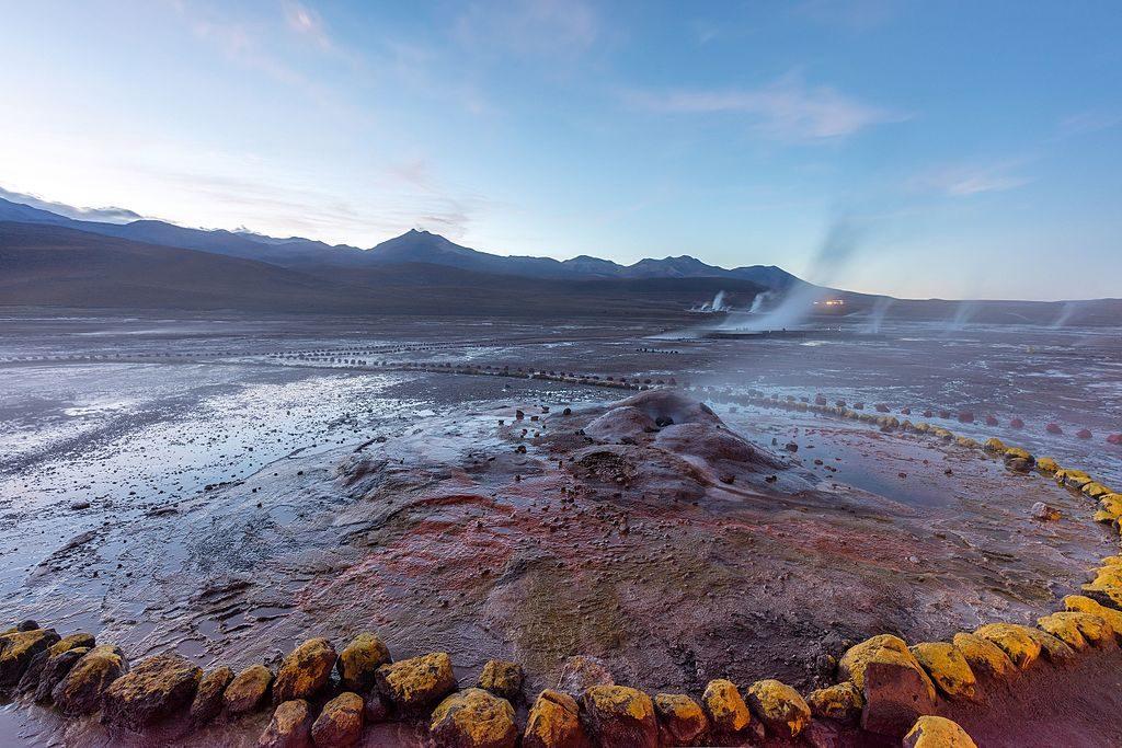 Géiseres_del_Tatio,_Atacama,_Chile,_2016-02-01,_DD_03-05_HDR
