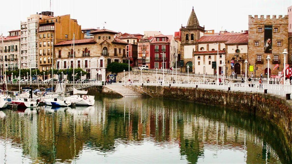 Gijón,_Asturias_(5981647256)