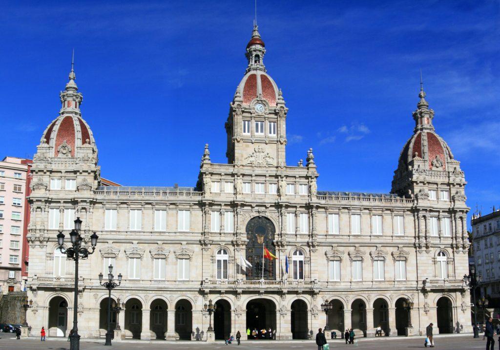 Palacio_Municipal_de_María_Pita_-_A_Coruña_-_31-01-09