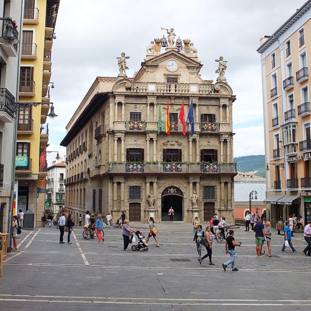Plaza_Ayuntamiento_de_Pamplona
