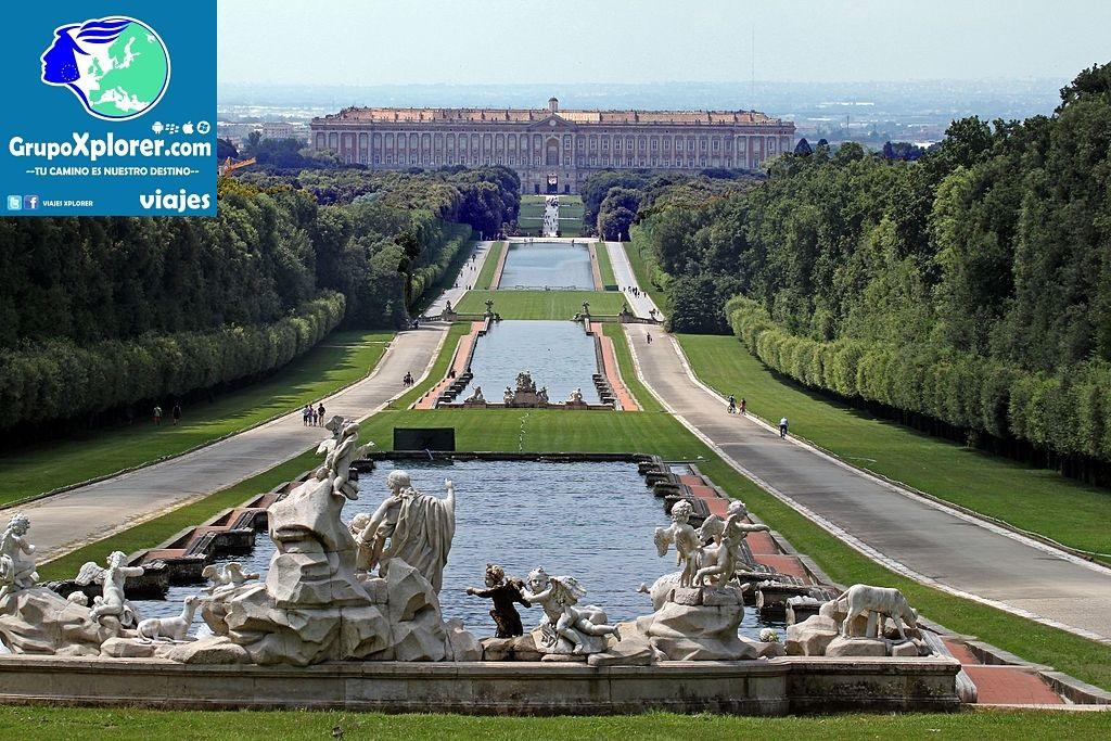 Reggia_di_Caserta,_prospettiva_dalla_fontana_di_Venere_e_Adone_-_panoramio