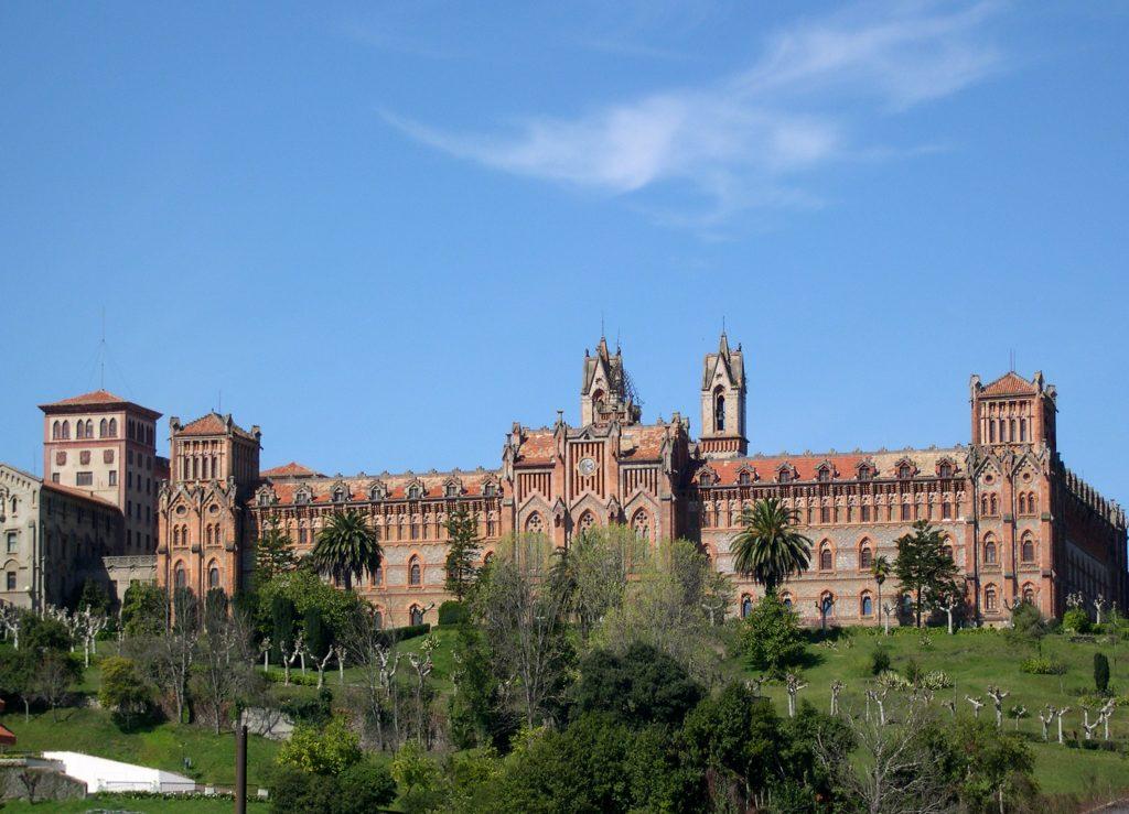 Universidad_Pontificia_(Comillas)