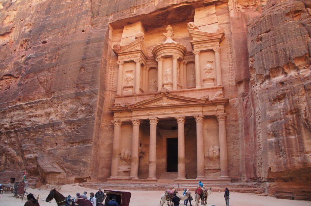petra_jordan_indiana_jones_movie_landmark_ancient_architecture_culture-767993