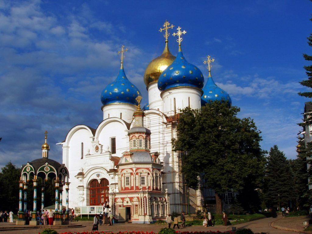 russia_sergiev_posad_city_architecture_history_temple_building_religion-1324401
