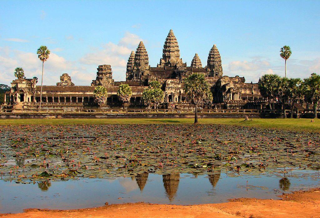 1024px-Angkor_Wat