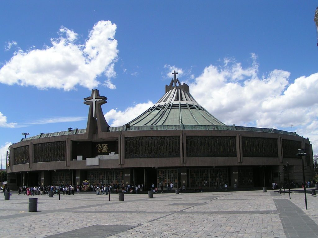 1024px-Basilica_of_Our_Lady_of_Guadalupe_(new)