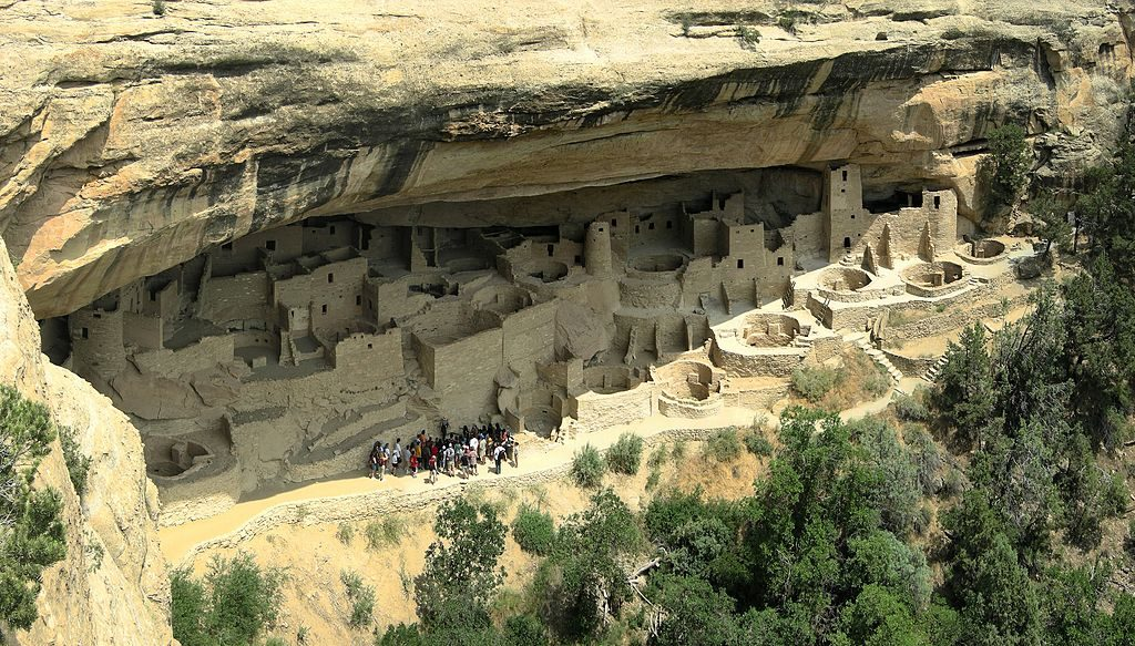 1024px-Cliff_Palace-Colorado-Mesa_Verde_NP