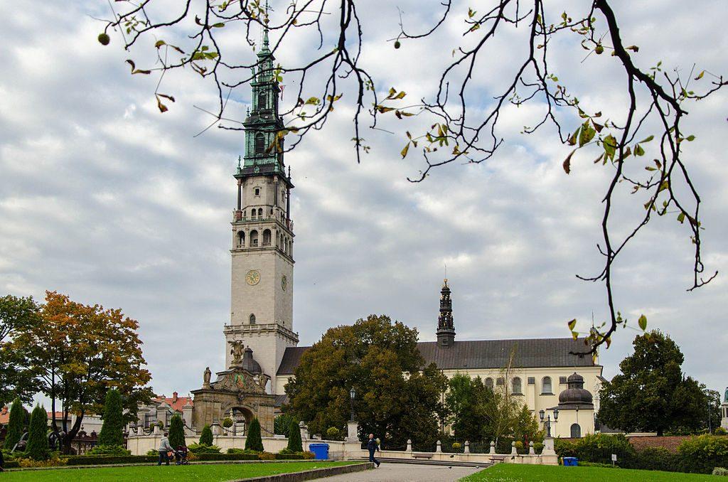 1024px-Częstochowa_klasztor_Jasna_Góra-2162