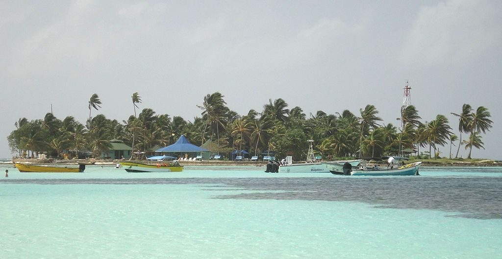 1024px-Haynes_cay_(view_from_north)