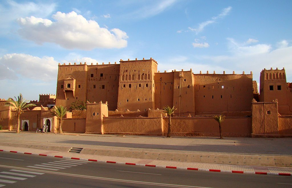 1024px-Kasbah_Taourirt_in_Ouarzazate_2011