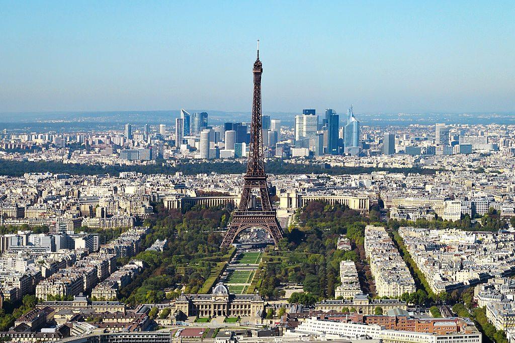 1024px-Paris_vue_d'ensemble_tour_Eiffel