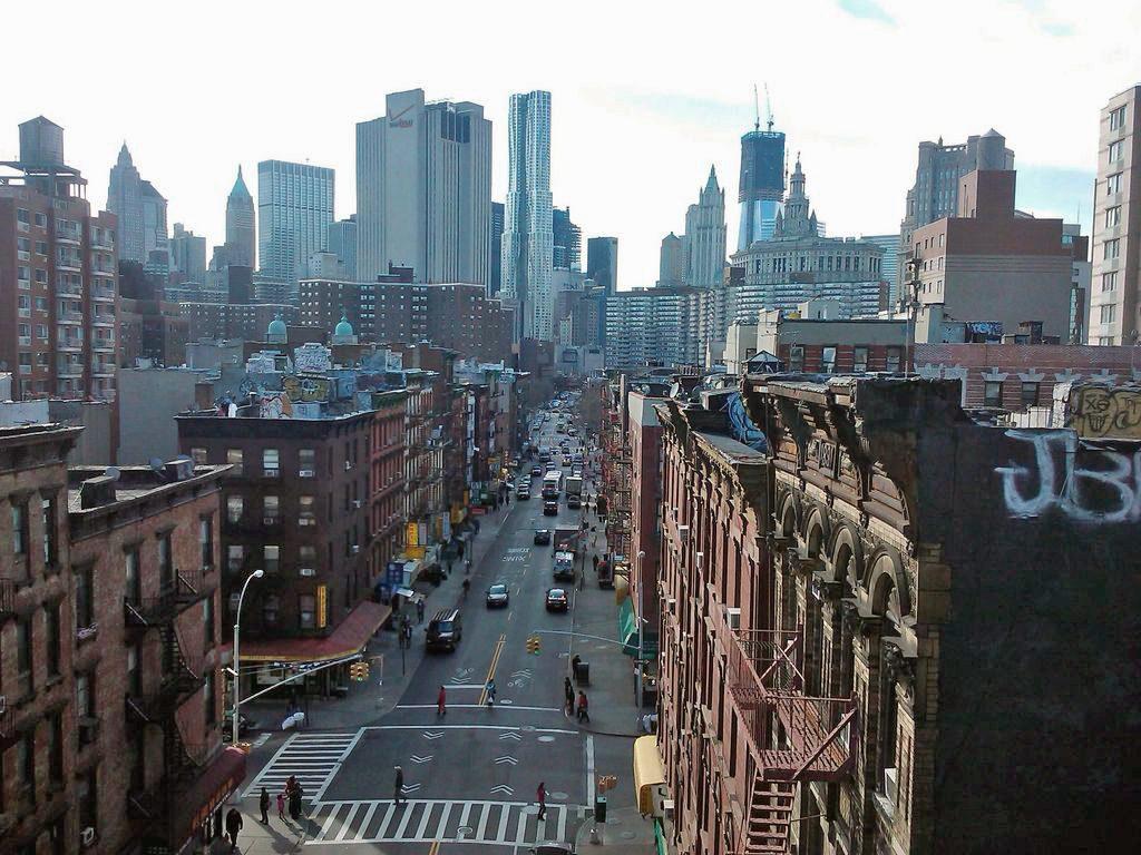 Madison_Street-Manhattan_looking_south