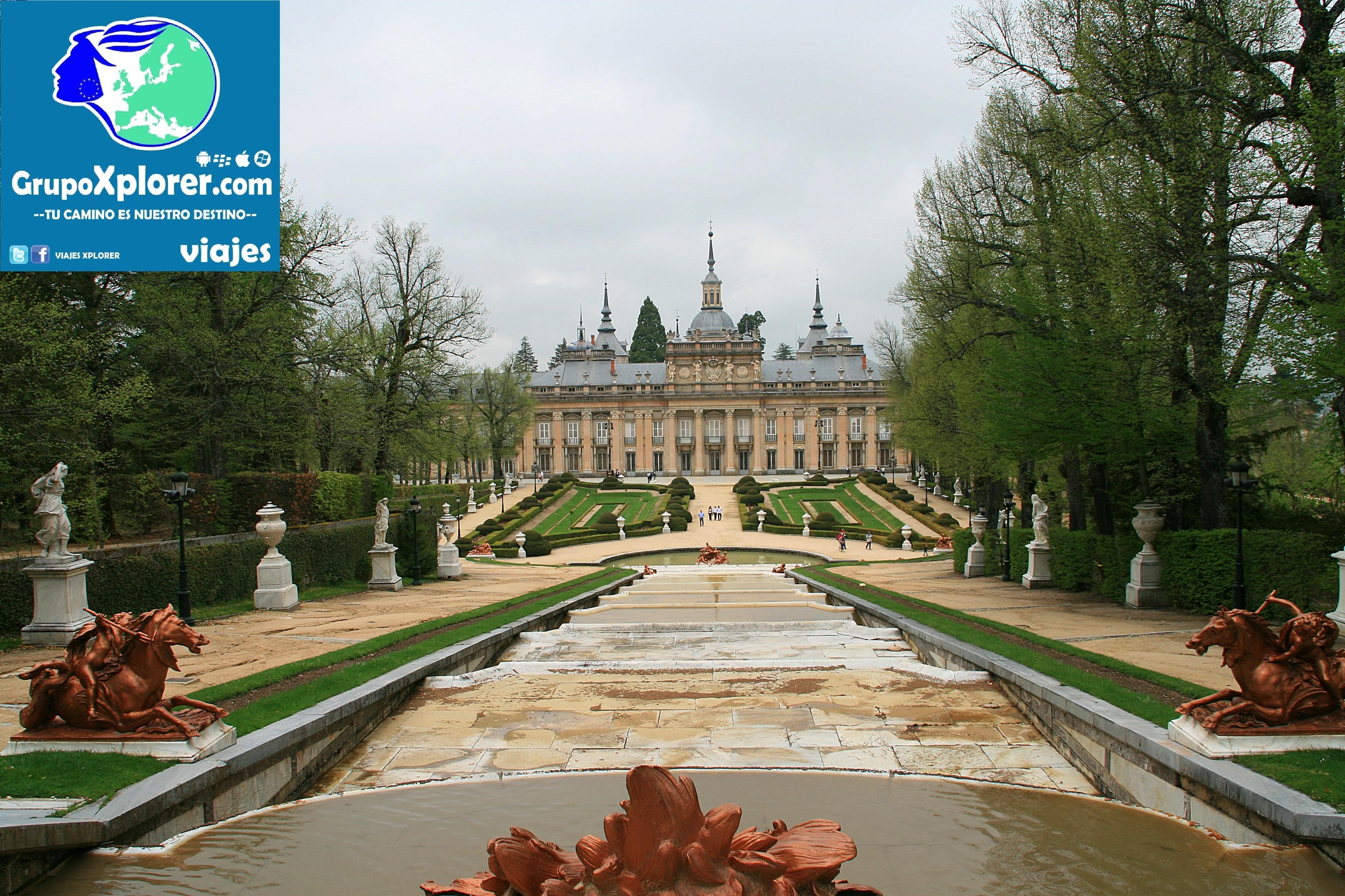 Palacio_y_Jardines_de_la_Granja,_vista_frontal