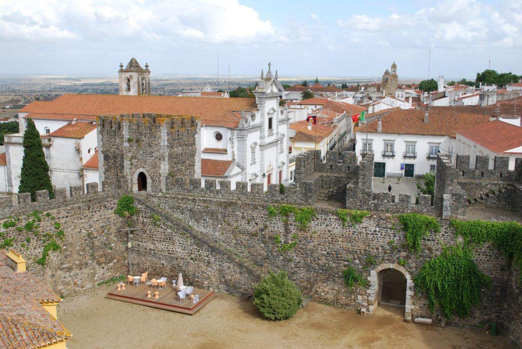 Sé_Catedral_de_Beja_desde_o_Castelo