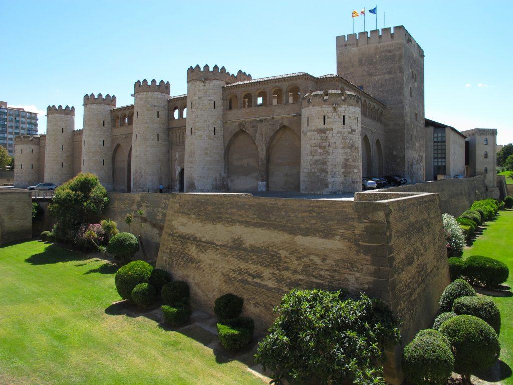 Zaragoza-Aljaferia-exterior-2