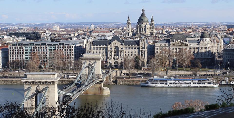 budapest-4113324_960_720