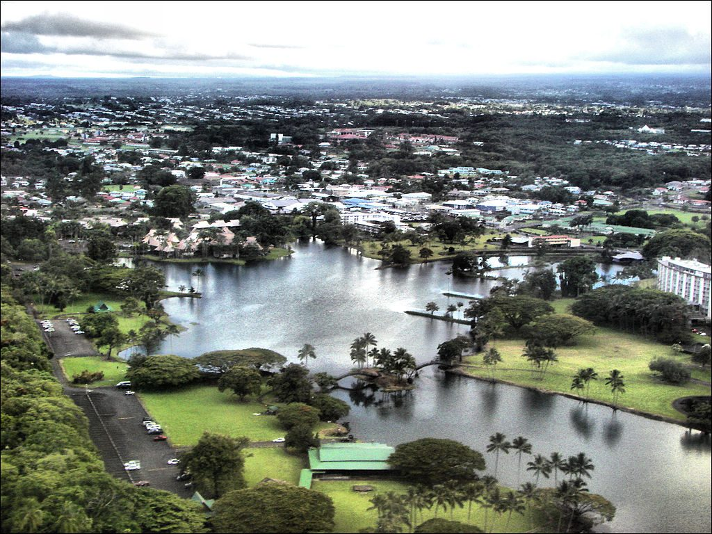 1024px-Aerial_view_of_Waiakea_Pond_in_Hilo,_Hawaii,_2006-07-16