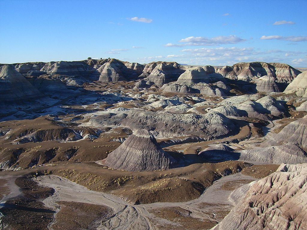 1024px-Blue_Mesa-Petrified_Forest_National_Park-Arizona1244