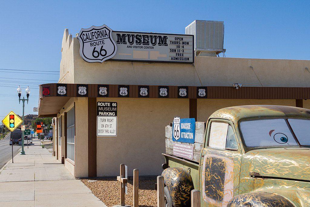 1024px-California_Route_66_Museum_in_Victorville,_California