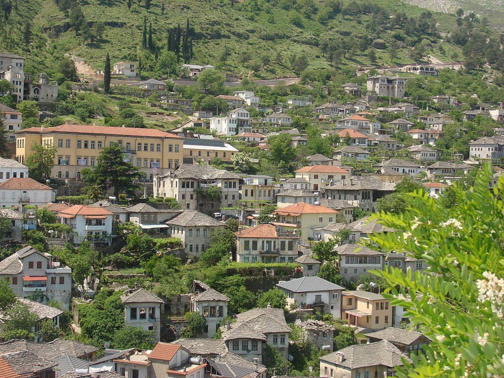 1024px-Gjirokaster,Albania