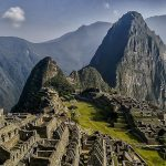 1024px-Machu_Picchu,_Perú