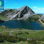 Parque_Nacional_dos_Picos_da_Europa,_Lago_Enol_(23499248762)