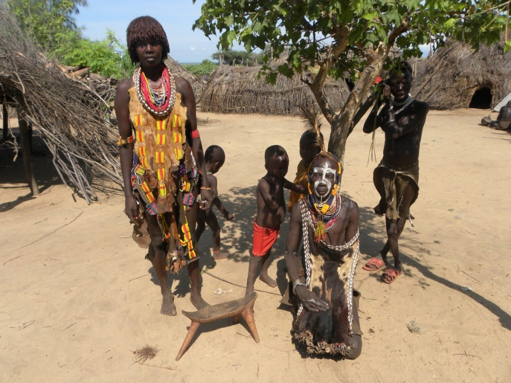 ethiopia_people_africa_children_tribe_travel-740488